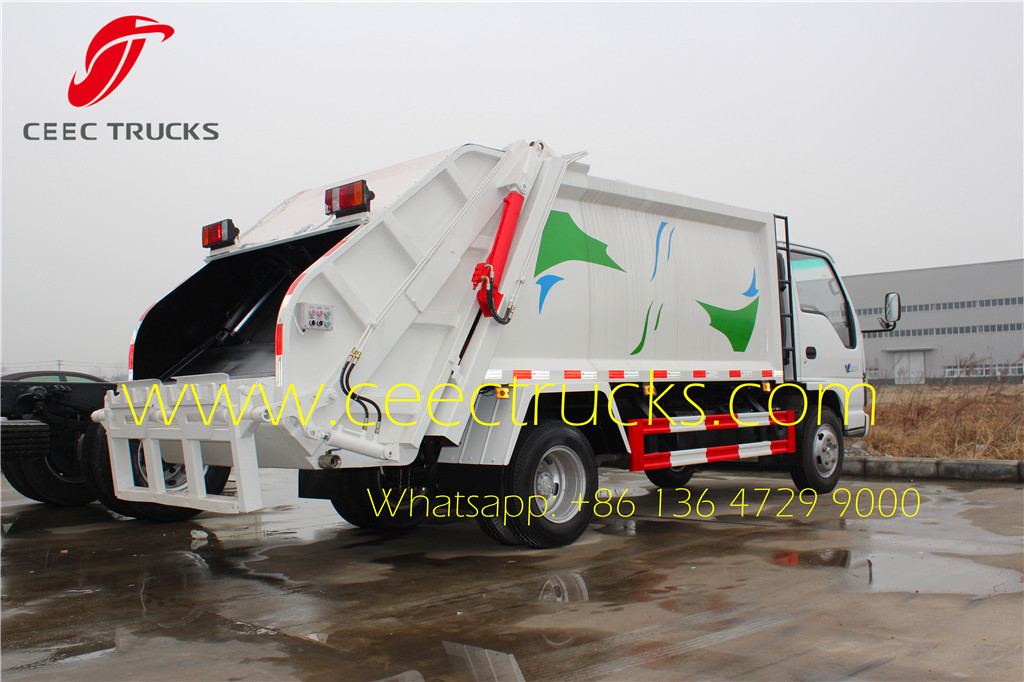 ISUZU 5cbm refuse compression truck