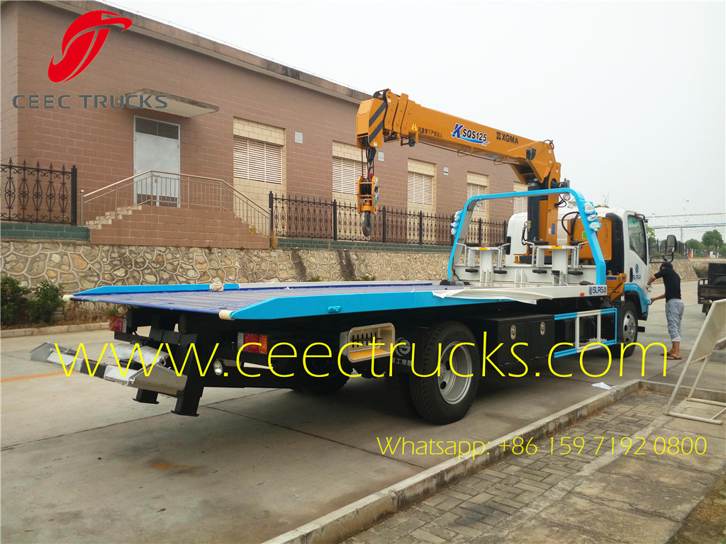 ISUZU 5T road wrecker truck mounted crane