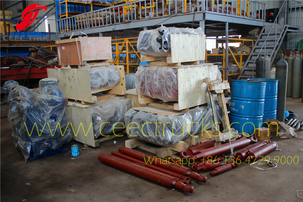Hydraulic oil cylinder assembly