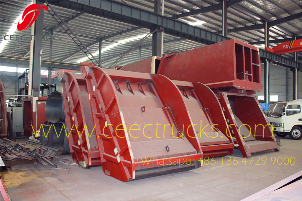 CEEC TRUCKS manufacture garbage compactor tailgate and body device