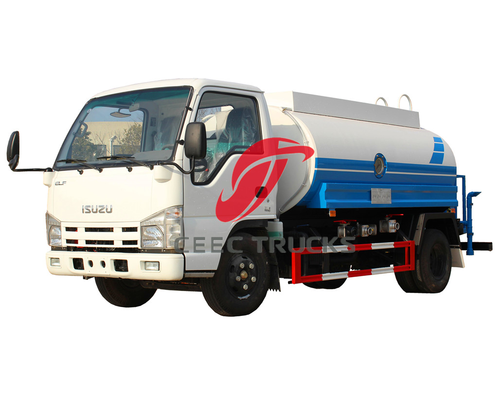 ISUZU 5CBM water bowser