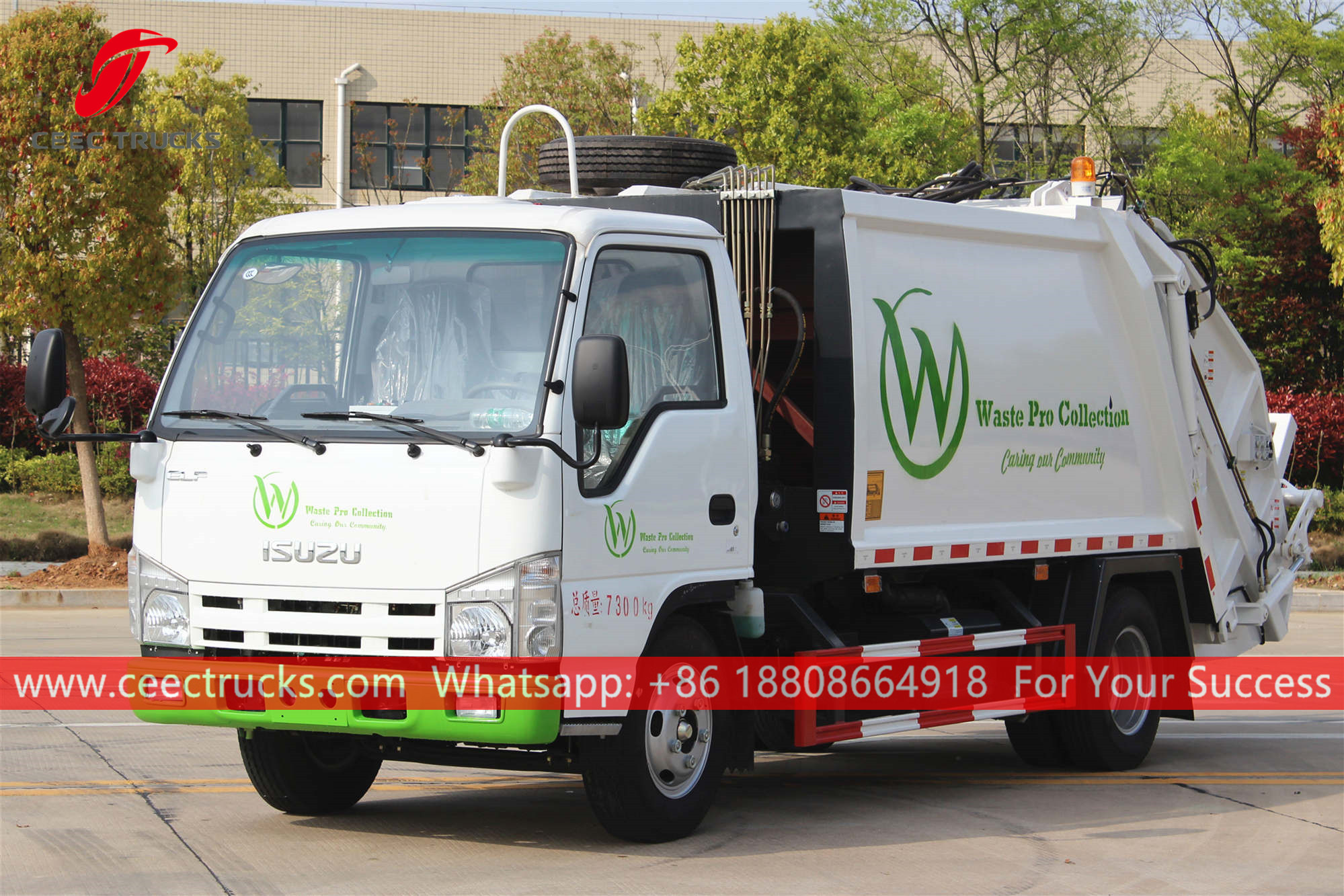 ISUZU Garbage truck with compactor