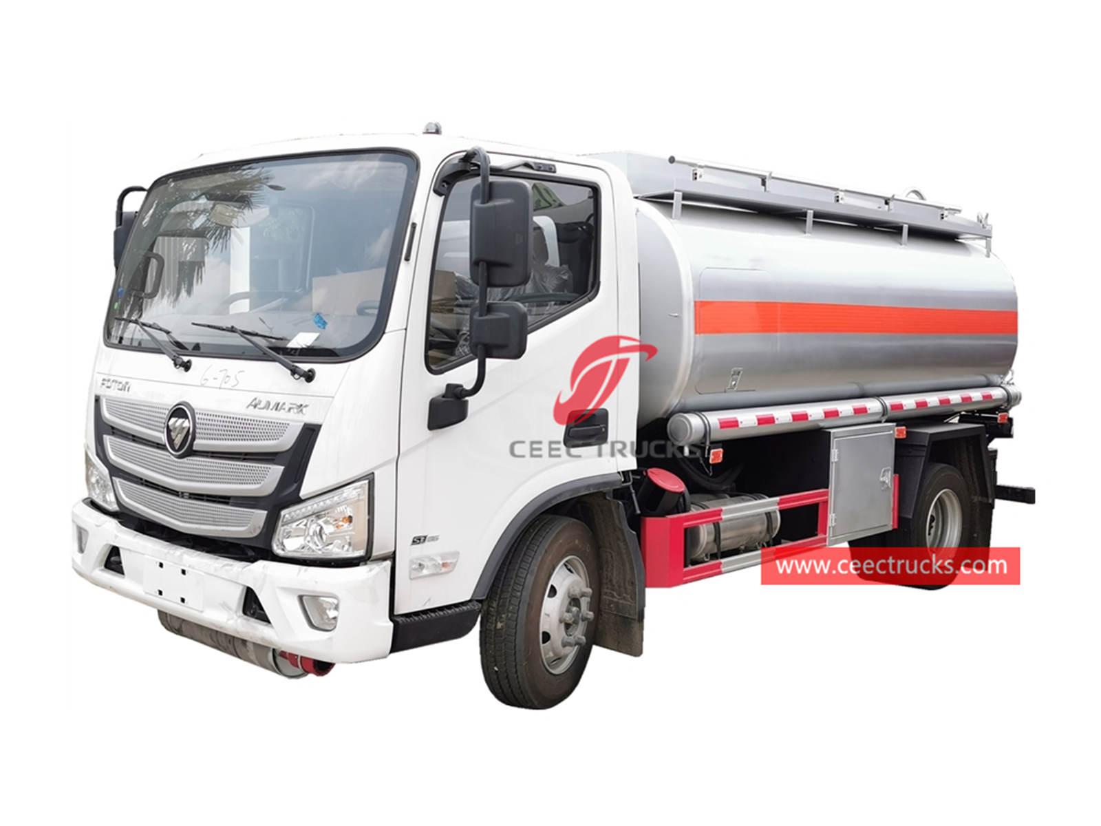 FOTON refueling truck
