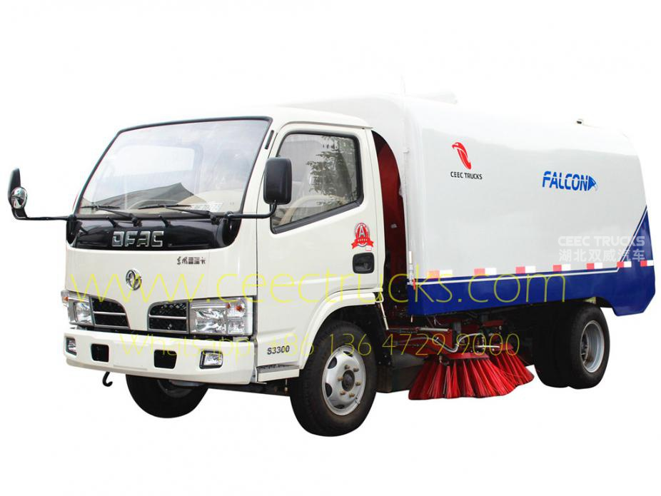 Africa Congo Dongfeng 4000L road sweeper