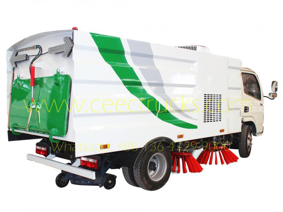Dongfeng 4cbm street sweeper truck supplier