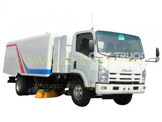 2017 sale ISUZU 8000L road sweeper truck