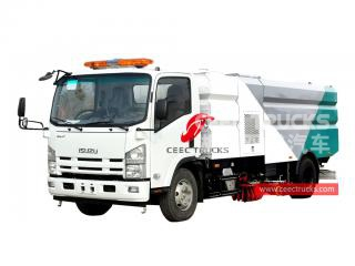 ISUZU 8cbm road cleaner truck
