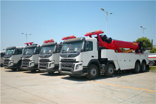 4 units VOLVO road wrecker for China Government high-way project