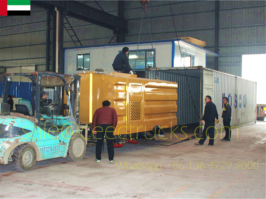 Dubai customer buy 4 units Road Sweeper Superstructure for Container delivery