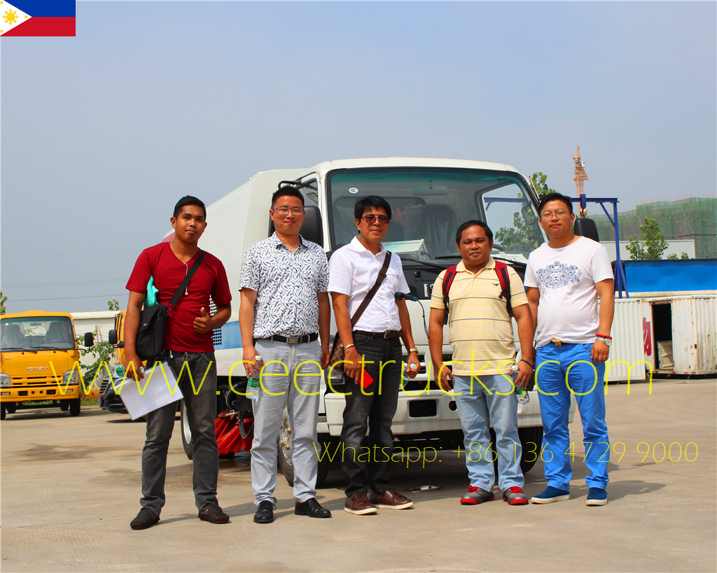 Phillippine Client Visited Us For Examing His ISUZU 4CBM Road Sweeper Truck