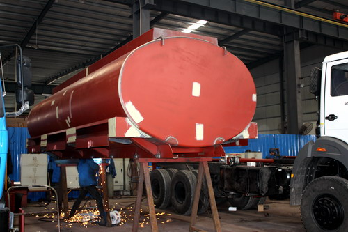 Production of 20 CBM water tanker truck ( Part 3- Tanker cover welding)