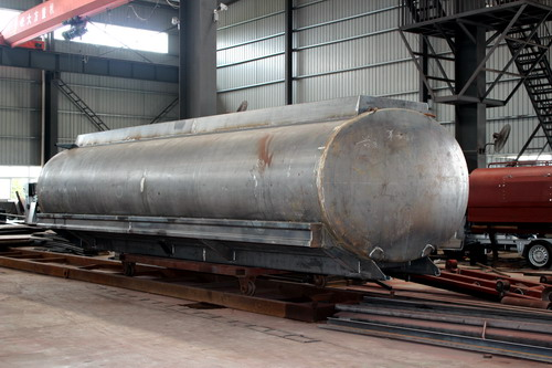 Production of 20 CBM fuel tanker truck  ?  ( Part 1 - installation pump )